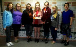 Jen Anton, Haley McGrath, Shelby Smith, Isabella Long, Rachel Frabotta, Shelby Clark, and WWU alumna Jenny Preiss