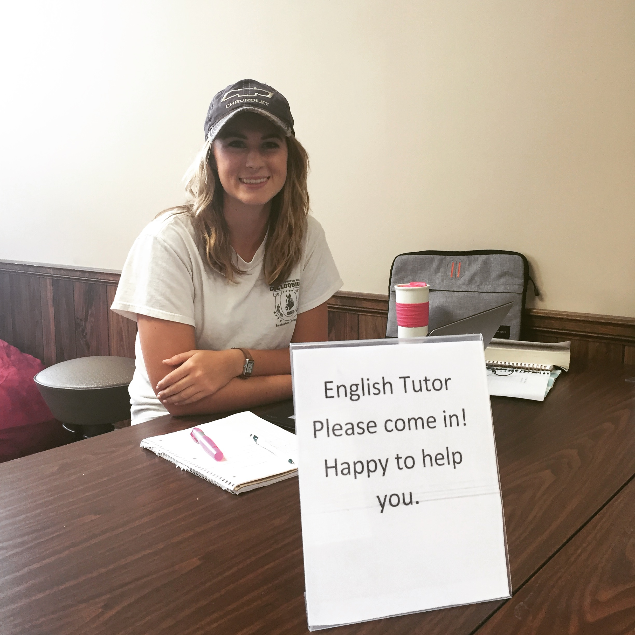 Jennifer Wilson '17, a peer English tutor for William Woods