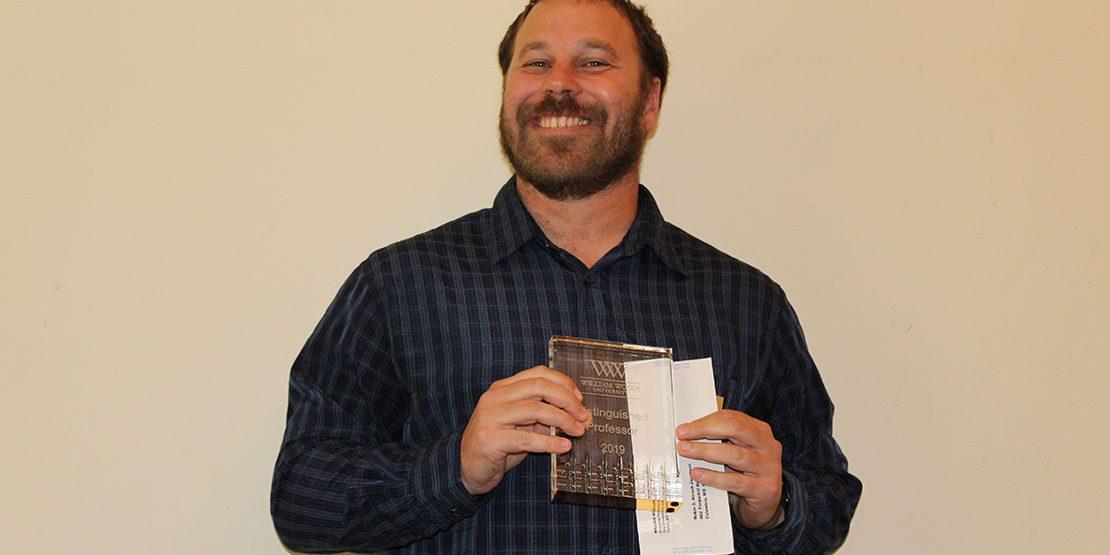 Robin Hirsch-Jacobsen with award