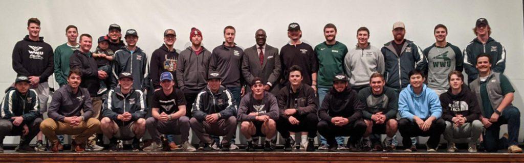 William Woods University Baseball Team with Bob Kendrick